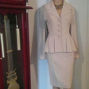 RARE ZELDA ZV2 MODERN VINTAGE TAILORED SKIRT SUIT